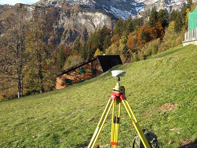 Vermessung und Geomatik: Grossräumige Rutschungsmessungen mittels differentiellem GNSS